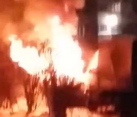 В Петербурге Honda и УАЗ погибли ночью в огне