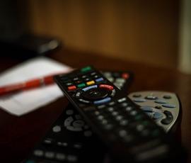 Чиновники Калининского района вырвали телевизор из рук вора