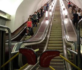 Петербургские инвалиды не хотят хвалить метрополитен