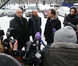Полтавченко осмотрел отреставрированный Михайловский театр вместе с Мединским