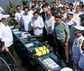 Россия поделилась с Филиппинами оружием и боеприпасами
