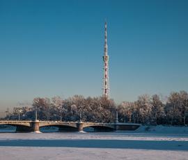 Петербуржцы увидели тень от телебашни