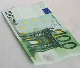 Российских хоккеистов обвинили в попытке дать взятку в 100 евро