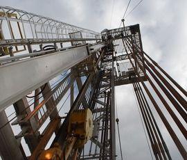 Компания-должник в Шушарах лишилась 50-тонной бурильной установки