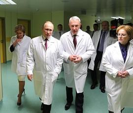 Путин: законопроект о нарушающих протокол врачах скоро поступит в Госдуму