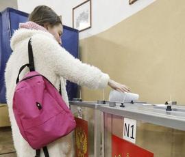 Депутаты, чиновники и просто хорошие люди: кто проголосовал в Петербурге 18 марта