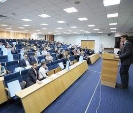 Эксперты: бизнес в Петербурге развивается