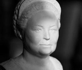 Великую Княгиню Марию Владимировну покажут в бронзе и свете