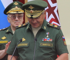 "Российская армия напомнила Шойгу ледокол, который ""может плыть, и плыть, и плыть"""