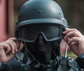 Убитый во Франции террорист оставил подарок – три бомбы