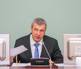 Албин провел заседание по развитию застроенных территорий в Петербурге
