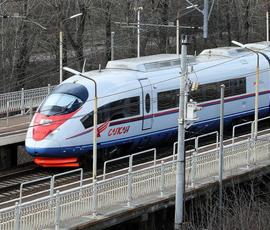 """""""Сапсаны"""" между Москвой и Петербургом стали перевозить больше пассажиров"""