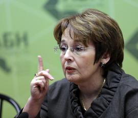 И Оксана Дмитриева туда же - кто из женщин еще не стал кандидатом в президенты