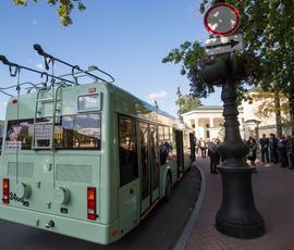 Электротранспорту запретят ездить по Каменноостровскому из-за обрезки деревьев