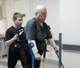 Илья Юдин — помогает встать на ноги людям с инвалидностью