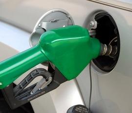 Петербуржец и АЗС Aero спорят из-за воды в бензине