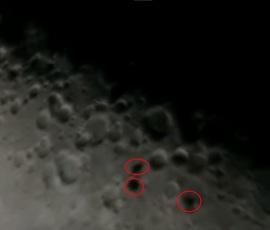 Над Луной пролетели три черных НЛО