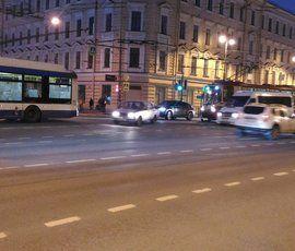 """У """"Техноложки"""" троллейбус """"поссорился"""" с трамваем"""