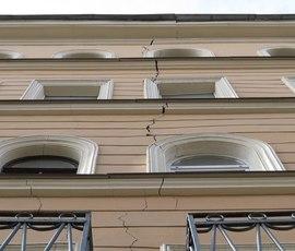Строительство гостиницы у треснутого дома на Александра Невского остановил Госстройнадзор