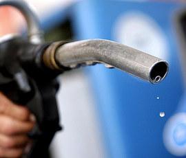 Росгвардия задержала петербуржца, не платившего за бензин на АЗС