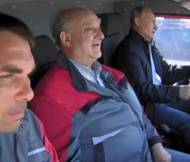 В ФСО объяснили, почему Путин не пристегнулся за рулем КамАЗа