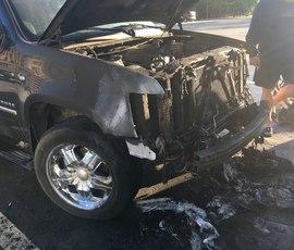 Сгоревшие на Васильевском острове машины могли поджечь