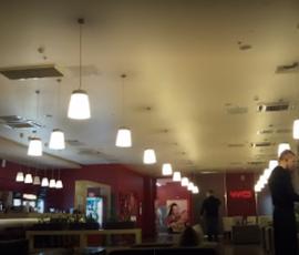 """Роспотребнадзор проверит кафе в """"Мираж Синема"""" после инцидента с подростком-инвалидом"""