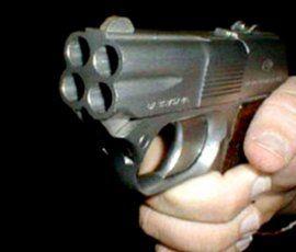 В Кингисеппе хулиган пытался из травмата пристрелить оппонента