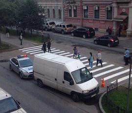 В Петербурге исчезла парковка Генконсульства США