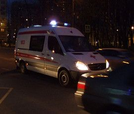 Infiniti сбила женщину с ребенком на Петроградке