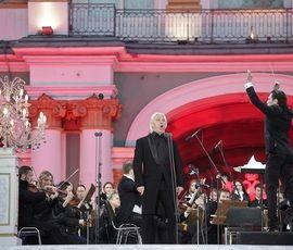 Дмитрия Хворостовского в Петербурге помянут концертом