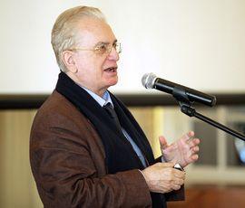Пиотровский пообещал избавить посетителей Эрмитажа от бахил