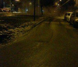 На Пулковском шоссе прорвало трубу с кипятком