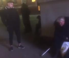 Подросток избил бездомного в центре Петербурга