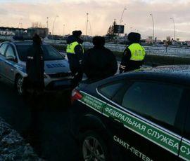 У должника на подъезде к Пулково арестовали автомобиль