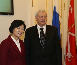 Товарооборот между Петербургом и Южной Кореей дорос до 1,3 млрд долларов