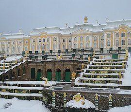 Самым посещаемым музеем России в уходящем году стал Петергоф