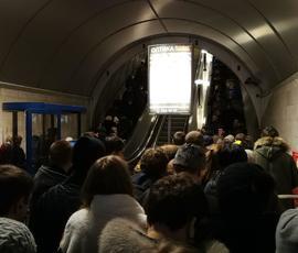 "Станцию метро ""Петроградская"" ограничат на вход"