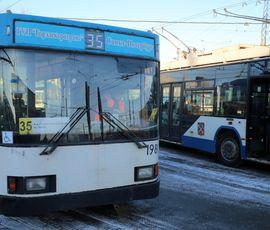 Петербургские троллейбусы в новогоднюю ночь пустят по другому маршруту