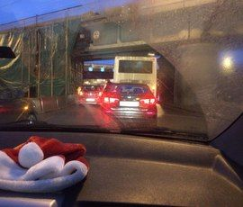 Маршрутка врезалась в Mercedes на Пулковском шоссе
