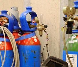 Три человека, в том числе ребенок, пострадали из-за хлопка газа в Сочи