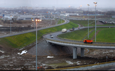 Съезд с КАД на Волхонское шоссе перекроют с 24 апреля