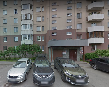 Трое неизвестных похитили мужчину на Савушкина