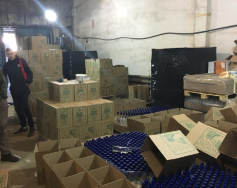 В Ленобласти нашли подпольный цех по производству алкоголя