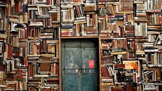"""На """"Библионочь"""" в Петербурге будет открыто 115 библиотек"""