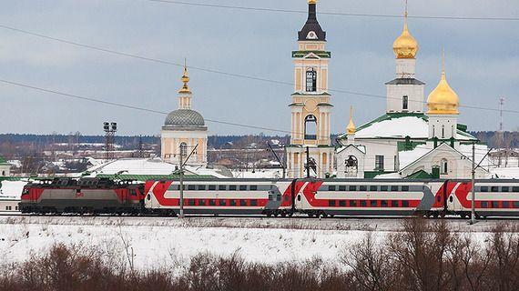 Москвичами набьют двухэтажный новогодний поезд в Петербург