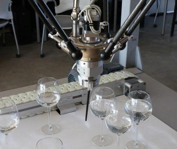 Yota запустила открытую лабораторию в Петербурге