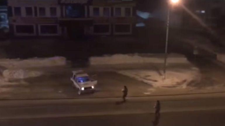 ВЮжно-Сахалинске полицейские «обстреляли» автоугонщика снежками