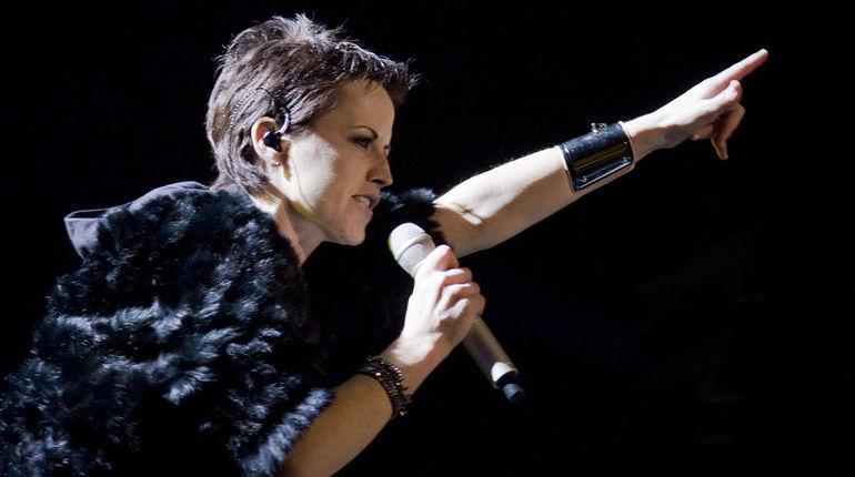 Долорес О'Риордан планировала записать кавер напесню Zombie вдень смерти