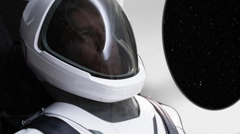 SpaceX иBoeing готовятся кпервым запускам пилотируемых кораблей